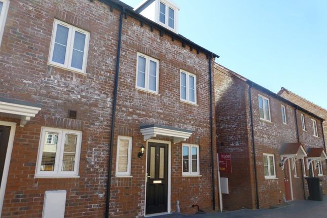 Thumbnail Semi-detached house to rent in Ivy Grange, Rugby, Warwickshire