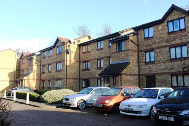 Thumbnail Flat for sale in Sawyer Close, London