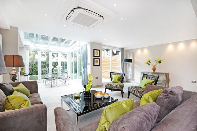 Thumbnail Detached house to rent in Court Close, St Johns Wood Park, London