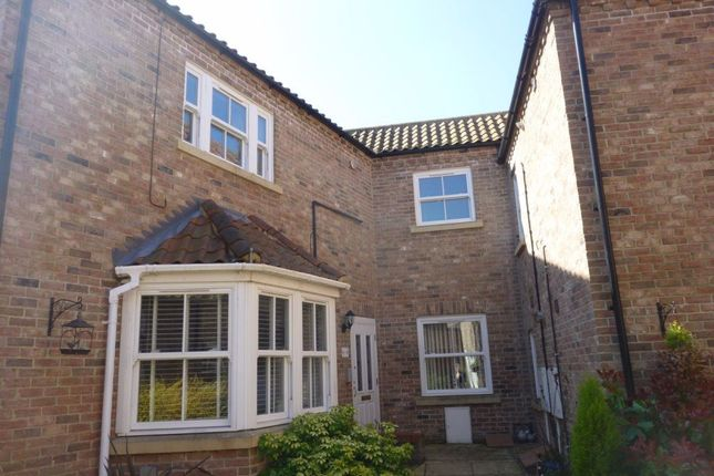 2 bed flat to rent in Paradise Road, Downham Market PE38