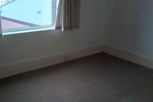 Thumbnail Flat to rent in Old Tiverton Road, Devon