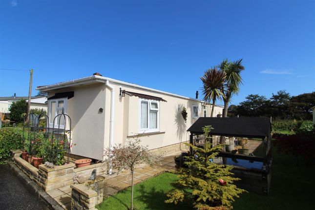 Thumbnail Mobile/park home for sale in Gwealmayowe Park, Helston