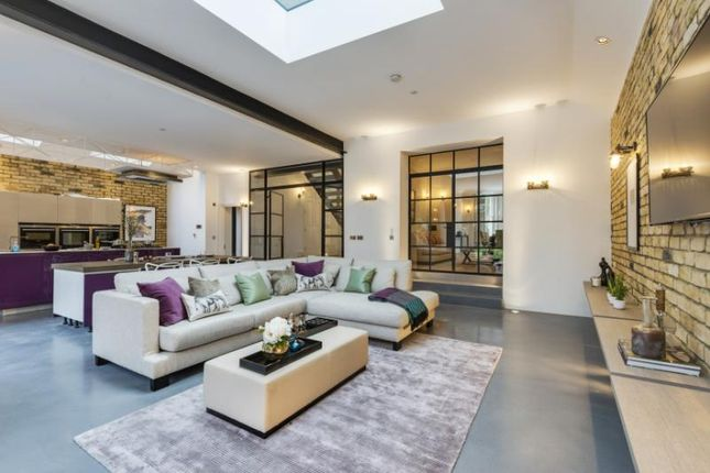 6 bed detached house for sale in Willesden Lane, Mapesbury, London NW2