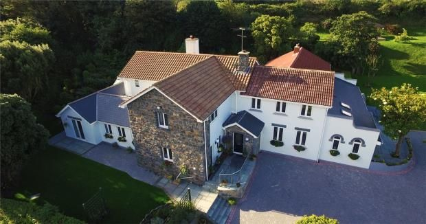 Thumbnail Detached house for sale in La Ruette Des Fries, Castel, Guernsey