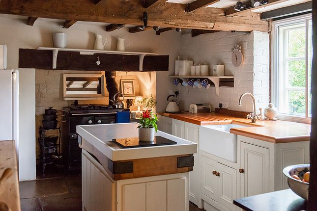 Kitchen of Stockton, Worcester WR6