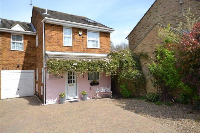 Thumbnail Link-detached house for sale in Academy Drive, Darland, Gillingham