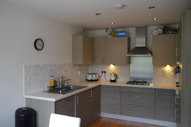 Thumbnail Property to rent in Hackney Road, London