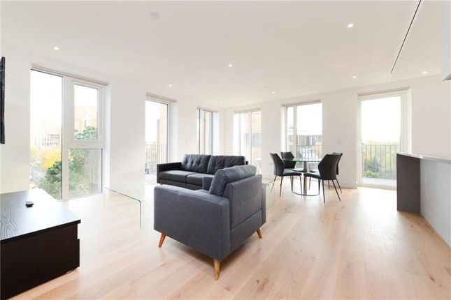 Thumbnail Property to rent in Vaughan Way, Wapping, London