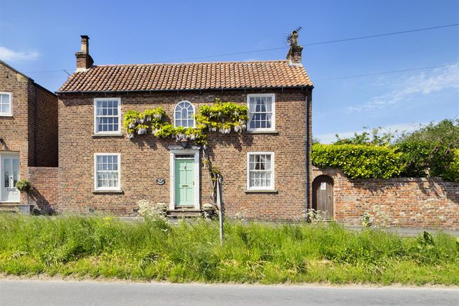 Thumbnail Property for sale in East Street, Kilham, Driffield