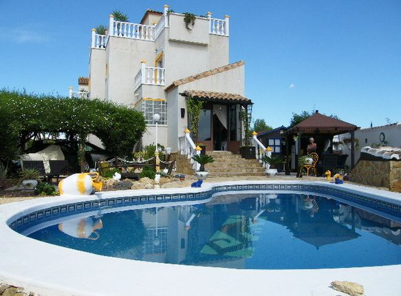 Villa for sale in Spain, Valencia, Alicante, San Miguel De Salinas
