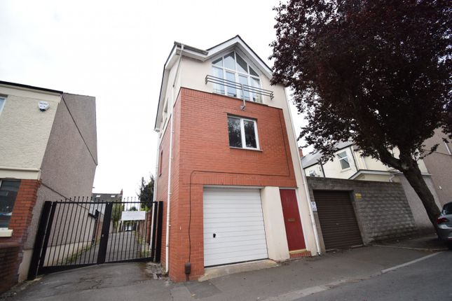Thumbnail Town house to rent in Clodien Avenue, Heath, Cardiff