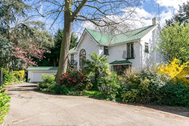 5 bed property for sale in The Drive, Coombe, Kingston Upon Thames