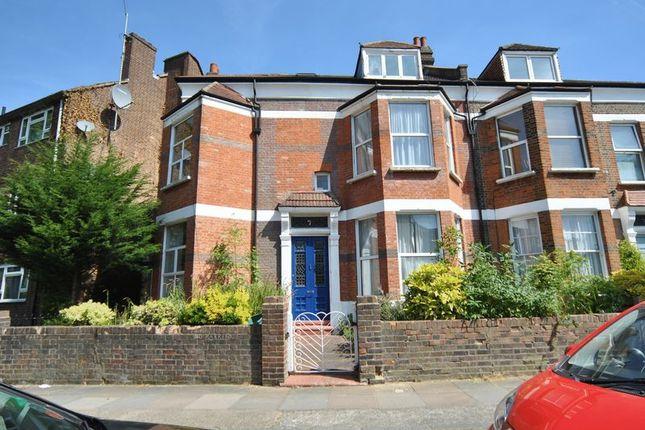 Thumbnail Flat for sale in Hornsey Rise Gardens, London