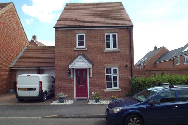 Thumbnail Detached house to rent in Lundy Walk, Hailsham
