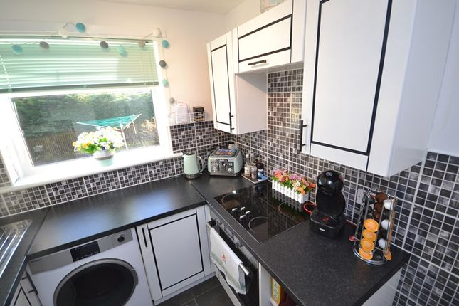 Kitchen of Barbeth Way, Cumbernauld G67