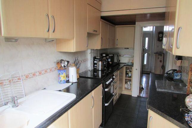 Kitchen of Lightcliffe Road, Crosland Moor, Huddersfield HD4