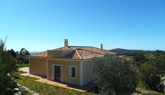 3 bed villa for sale in Portugal, Algarve, Santa Bárbara De Nexe