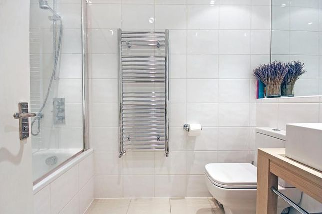 Thumbnail Flat to rent in Plough Road, London
