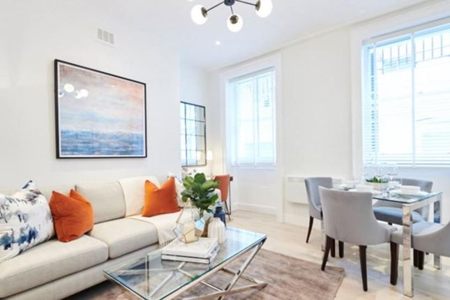 2 bed flat to rent in Nottingham Place, London W1U