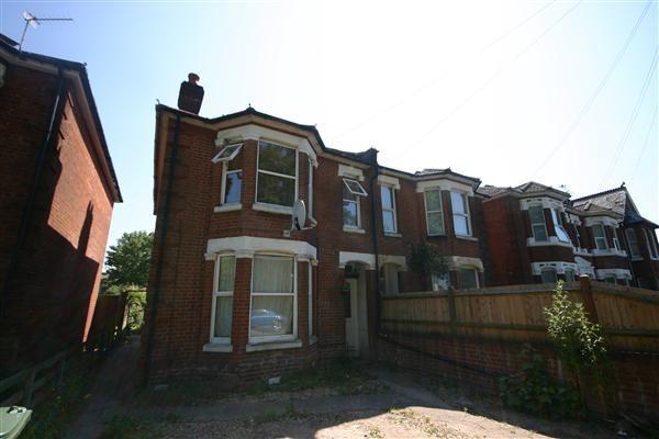 Thumbnail Flat to rent in Foundry Lane, Freemantle, Southampton