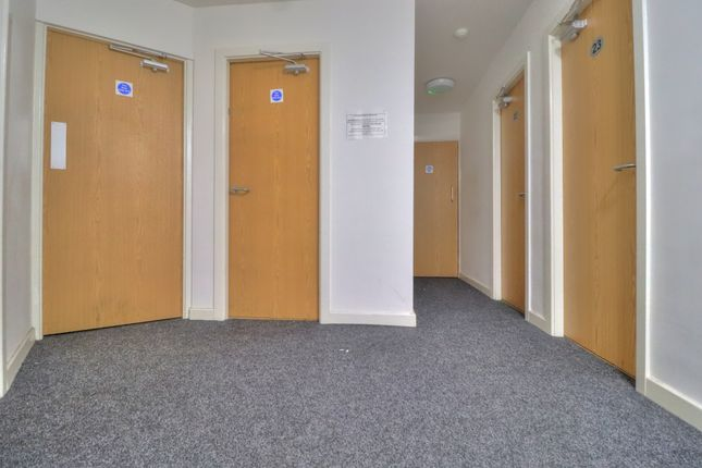 Hallway of Sunbridge Road, Bradford BD1