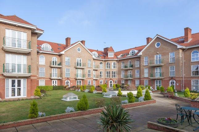 Thumbnail Flat for sale in Richmond Court Gardens, Colne Road, Cromer