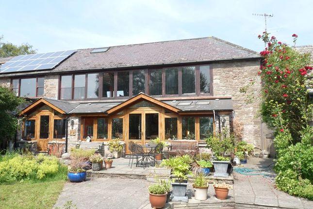 Thumbnail Barn conversion for sale in Llanfihangel Talyllyn, Brecon