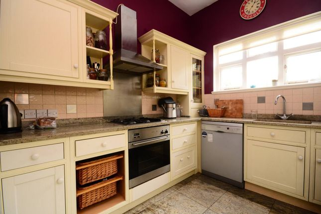 Thumbnail Flat to rent in Langside Avenue, Putney