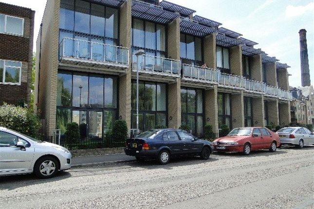Thumbnail Flat to rent in Riverside, Cambridge