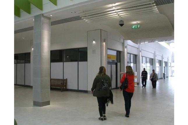 Thumbnail Retail premises to let in Kingsmead, Farnborough