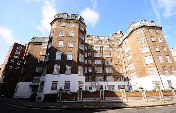 4 bed flat for sale in Stourcliffe Street, Marylebone