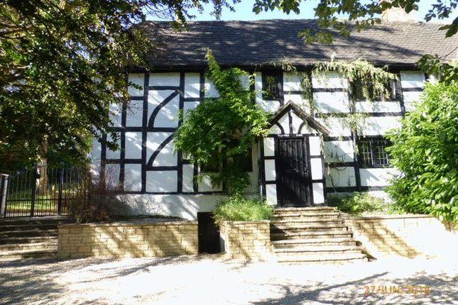 Thumbnail Farmhouse to rent in Bafford Lane, Charlton Kings, Cheltenham