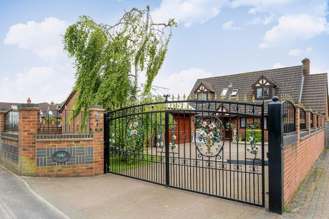 Thumbnail Detached house for sale in Picket Piece, Andover