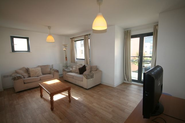 4 bedroom town house to rent in St Catherine's Court, Marina, Swansea