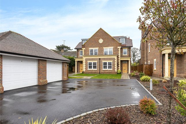 Thumbnail Semi-detached house for sale in Amersham Road, Beaconsfield