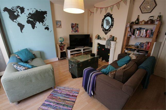 Thumbnail Flat to rent in Walberswick Street, London