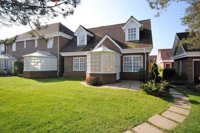 Thumbnail Bungalow for sale in 11 Priestland Gardens, Castle Village, Berkhamsted, Hertfordshire