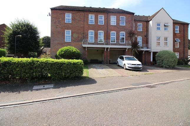Thumbnail Town house for sale in Park Crescent, Twickenham