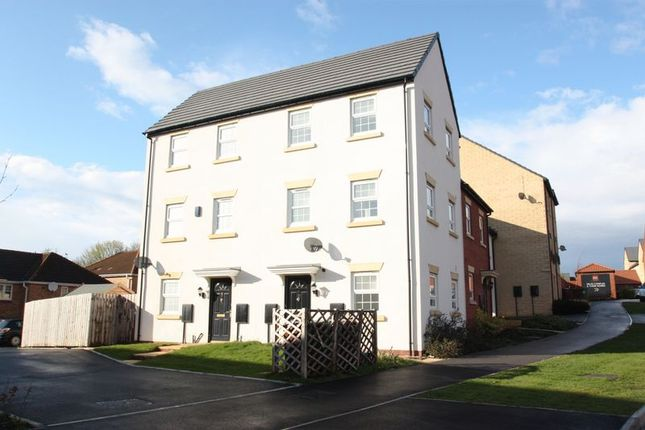 2 bed town house to rent in Turnberry Avenue, Ackworth, Pontefract