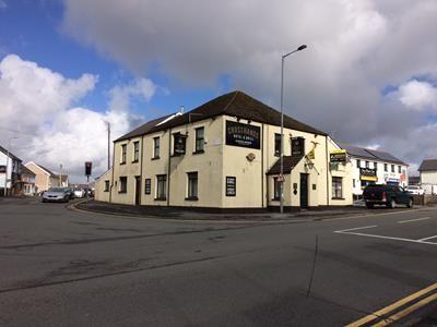 Thumbnail Restaurant/cafe to let in Cross Hands Hotel, 1 Llandeilo Road, Llanelli, Carmarthenshire