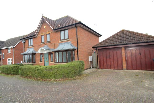 4 bed detached house to rent in Lavender Close, Lutterworth LE17