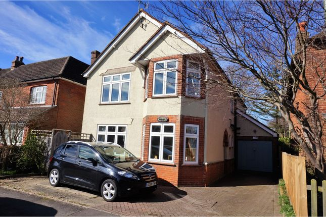 Thumbnail Detached house for sale in Victoria Road, Alton