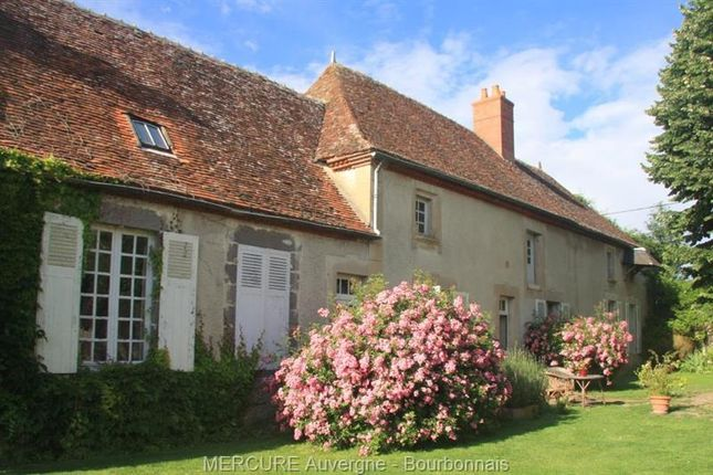Property for sale in Bresnay, Auvergne, 03210, France