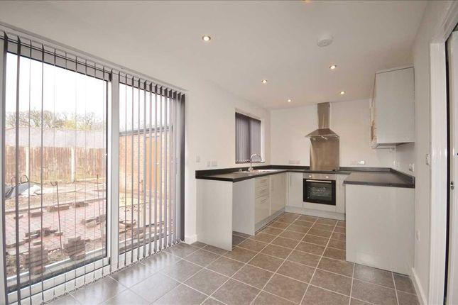 Dining Kitchen: of Park Avenue, Euxton, Chorley PR7