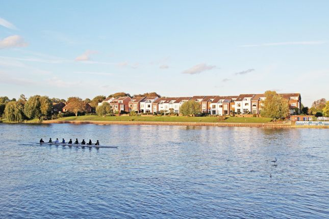 Thumbnail Property for sale in Chiswick Quay, Chiswick