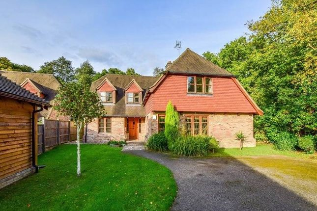 Thumbnail Detached house to rent in Copthorne Road, Felbridge