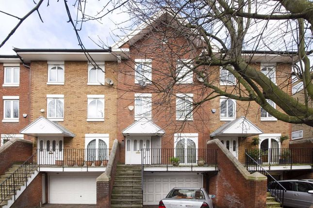 Thumbnail Property for sale in Hilgrove Road, London