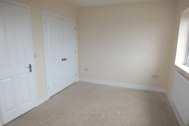 Picture No. 12 of Plot 17 House No 28, Beaconing Drive, Steynton, Milford Haven SA73