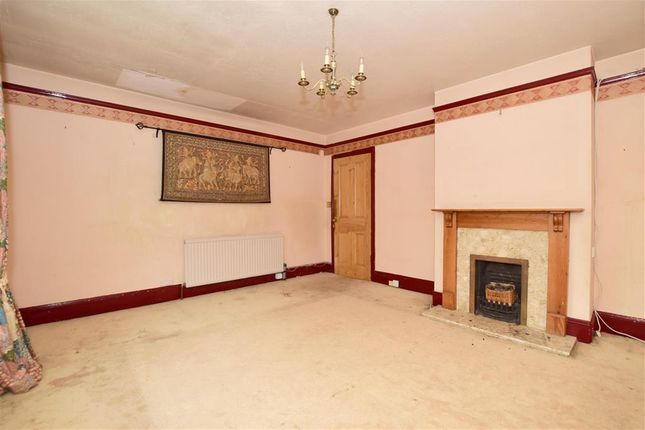 3 bed maisonette for sale in Earlswood Road, Earlswood, Surrey RH1