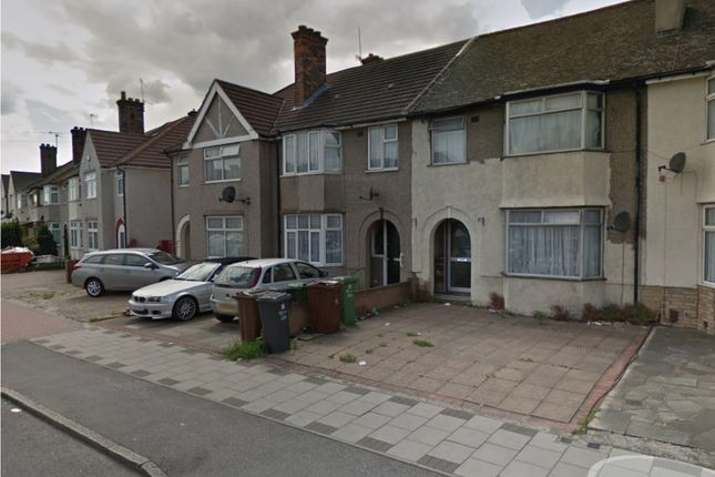 Thumbnail Terraced house to rent in Ballards Road, Dagenham